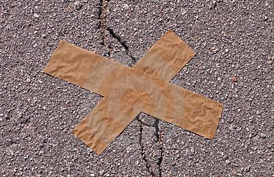 Asphalt Pavement Crack Prevention and Treatment
